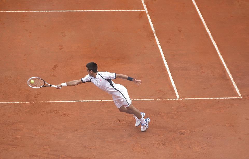 Техника удара справа в большом теннисе